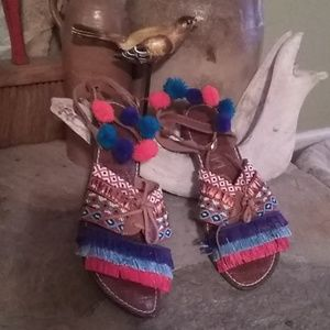 Sam Edelman size 10 tribal sandals S055F